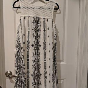 Studio One Black and White sleeveless dress